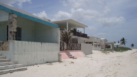 Beachfront Fixer Upper in Chuburna Yucatan for sale