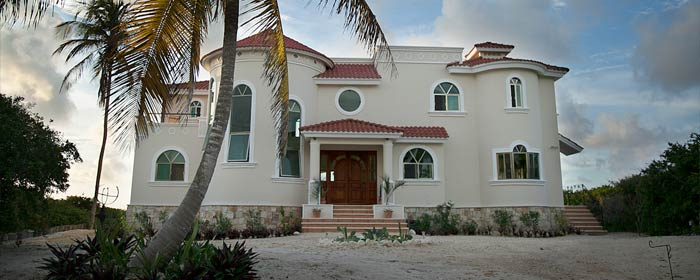 Luxury beach house for sale in Yucatan
