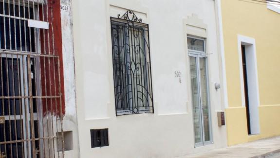 Cielito Lindo in Santa Lucia Merida, for sale by Yucatan Lots