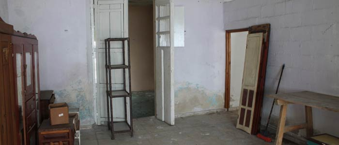 Fixer upper colonial for sale in Merida
