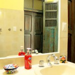 Merida vacation rental in centro bathroom2