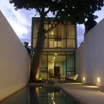 a01-patio-noche