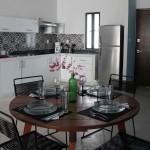 a06-mesa-y-cocina