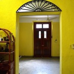 4 Centrally Located Fixer Upper Colonial in Merida
