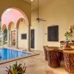 Corner of swimming pool Hacienda House in Merida Centro for sale