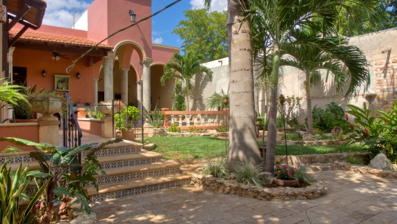backyard Hacienda House in Merida Centro for sale