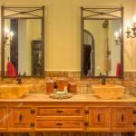 bath 3 Hacienda House in Merida Centro for sale