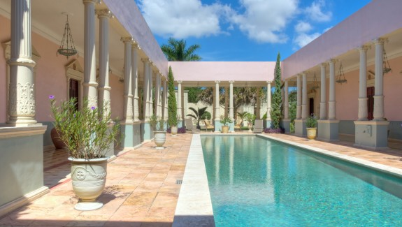 Mansion for sale in Merida Yucatan Mexico PA300506_