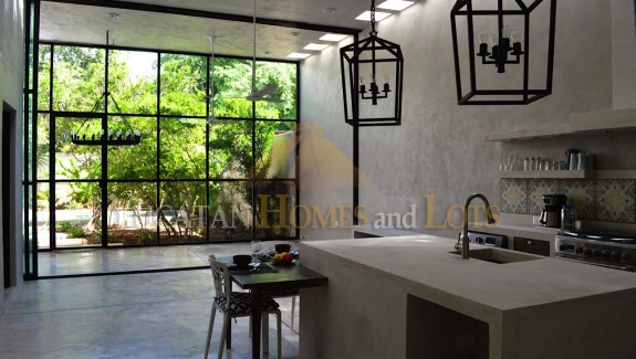 Renovated colonial for sale in Merida 5a