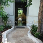 Renovated colonial for sale in Merida frontdoora
