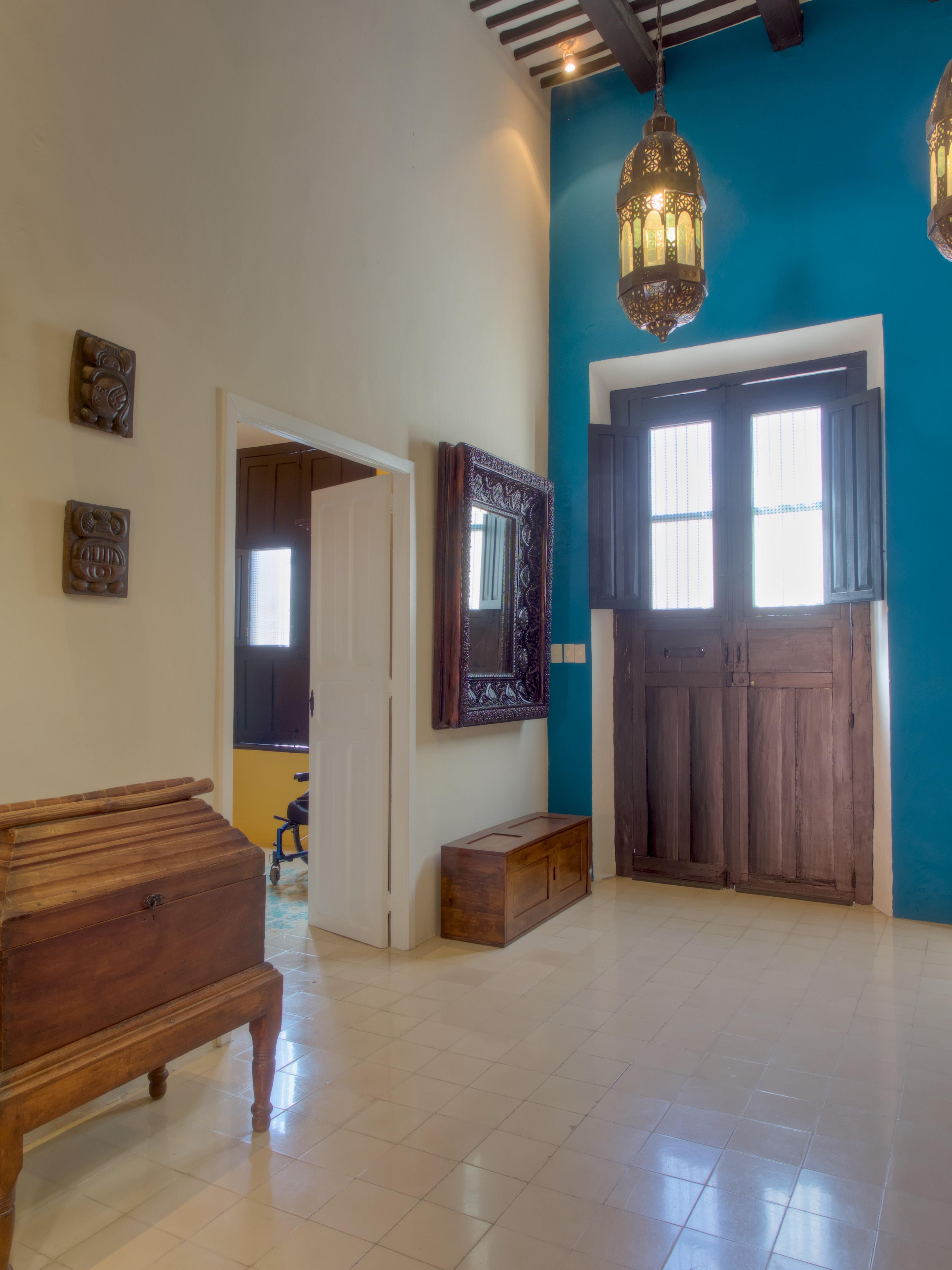 Colonial Colors YHL1130 - Yucatan Homes and Lots