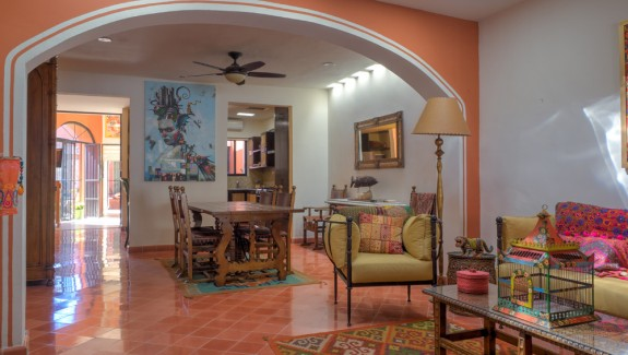 Colonial home for sale in Santa Ana Merida