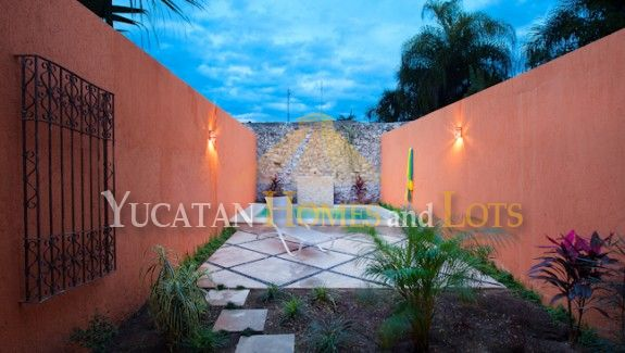 Renewed and renovated colonial in Santa Ana Jardines