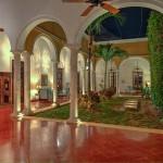 Luxury colonial mansion for sale in Merida Yucatan Mexico 105_B280001