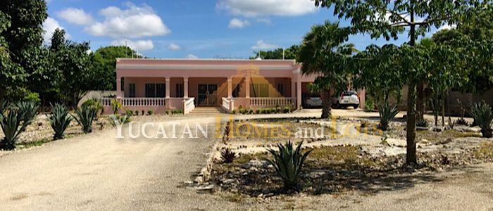 House for sale in Xcanatun Merida Yucatan