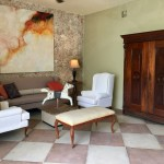Renovated two bedroom for sale in Merida IMG_3462