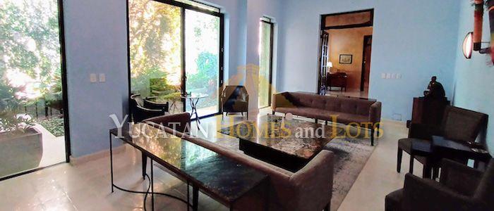 Santiago-Mansion-in-Merida-Yucatan